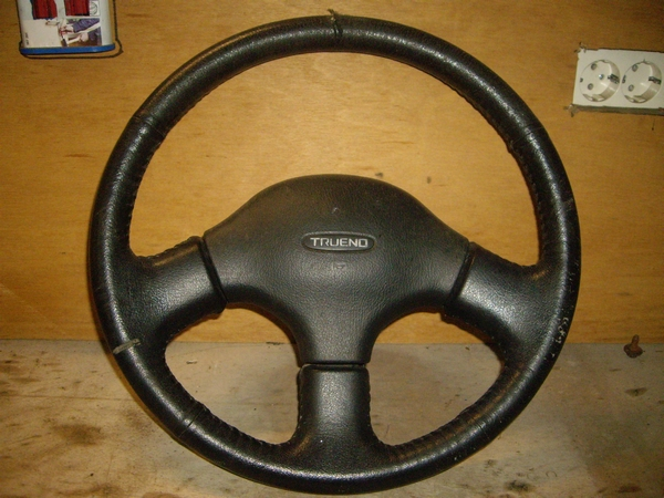 Original Trueno steering wheel