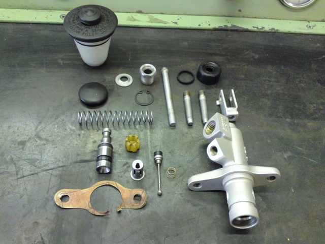 Main clutch cylinder in parts