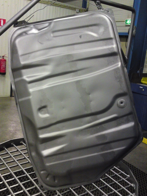 Cleaned fuel tank
