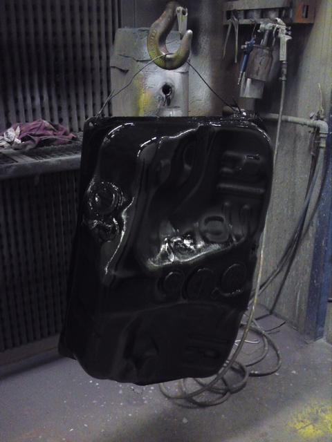 Painted fuel tank